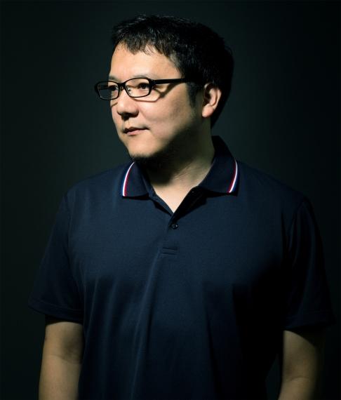 Foto del Game Director Hidetaka Miyazaki.