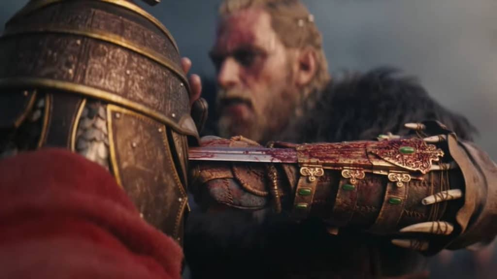 Eivor che uccide con la lama nascosta in Assassin's Creed Valhalla