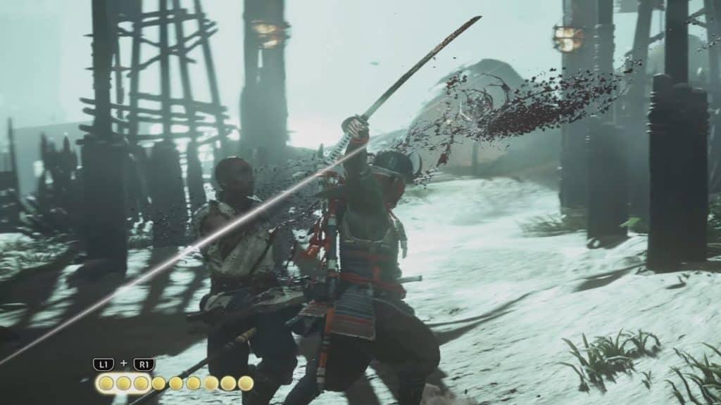 Jin uccide un mongolo con una combo della sua spada in Ghost of Tsushima