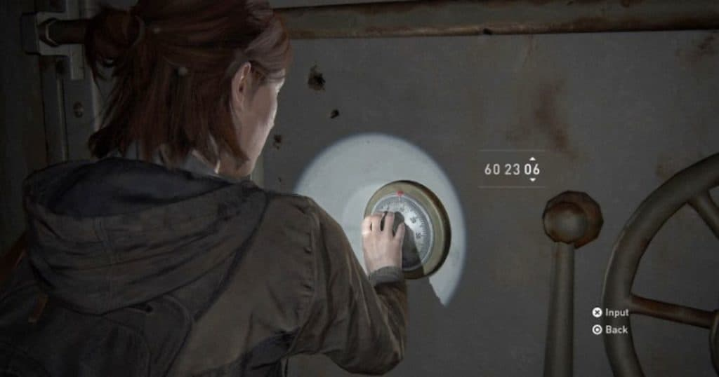 Ellie apre una cassaforte in The Last of Us II