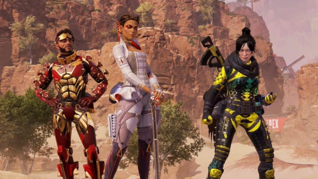 Una squadra di Apex Legends è schierata nelle loro pose di combattimento