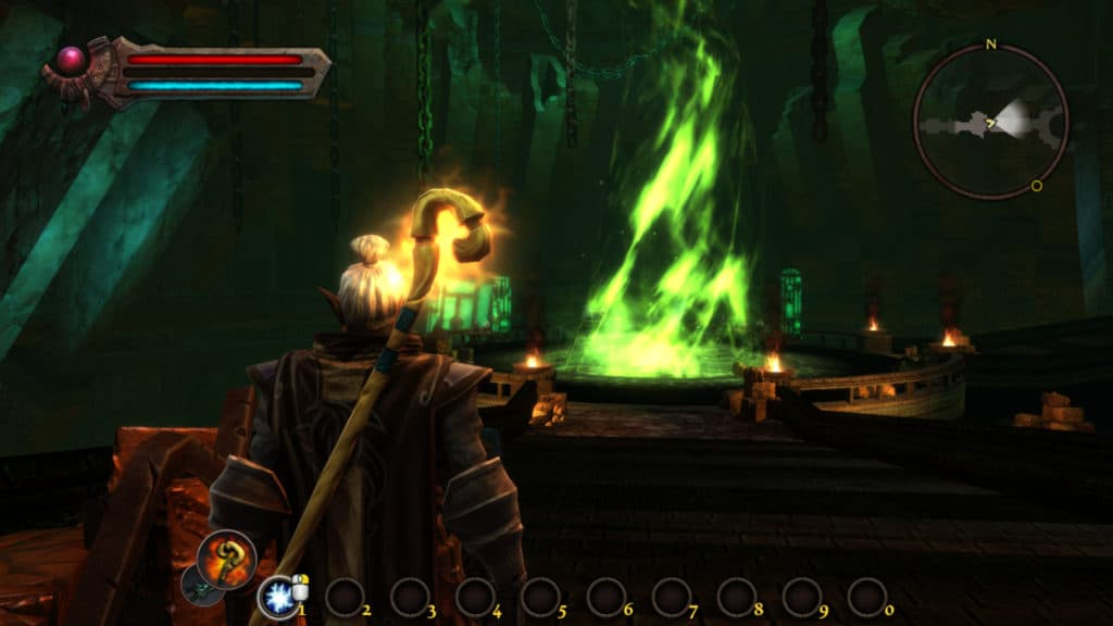 Protagonista di Kingdoms of Amalur: Re-Reckoning all'interno di una grotta