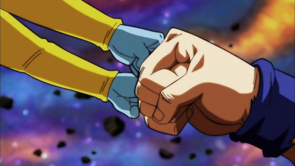 Goku batte pugno contro pugno con Zeno del presente e del futuro