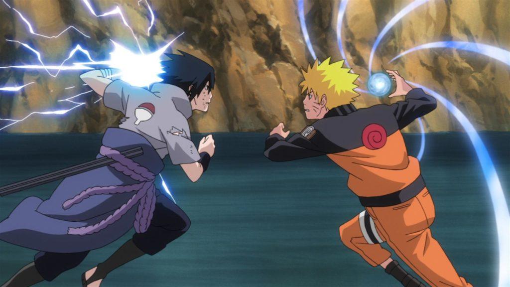 Naruto e Sasuke che si attaccano a vicenda