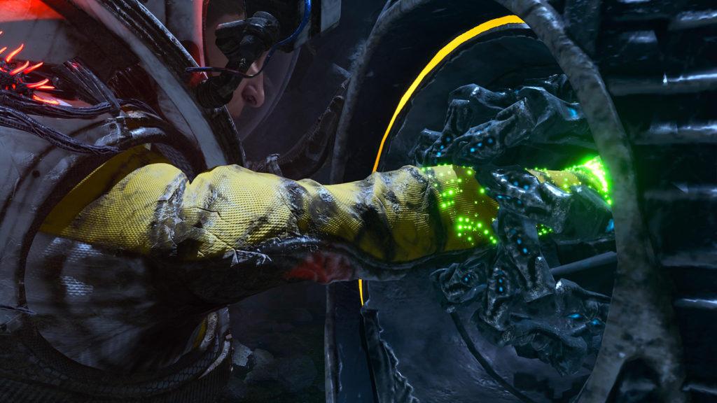 Selene in Returnal che inserisce il braccio in un macchinario alieno per vedere cosa succede
