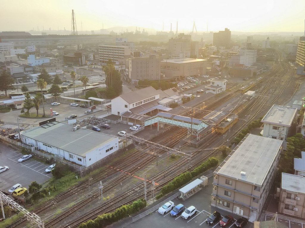 La stazione di Ube, città natale di Anno