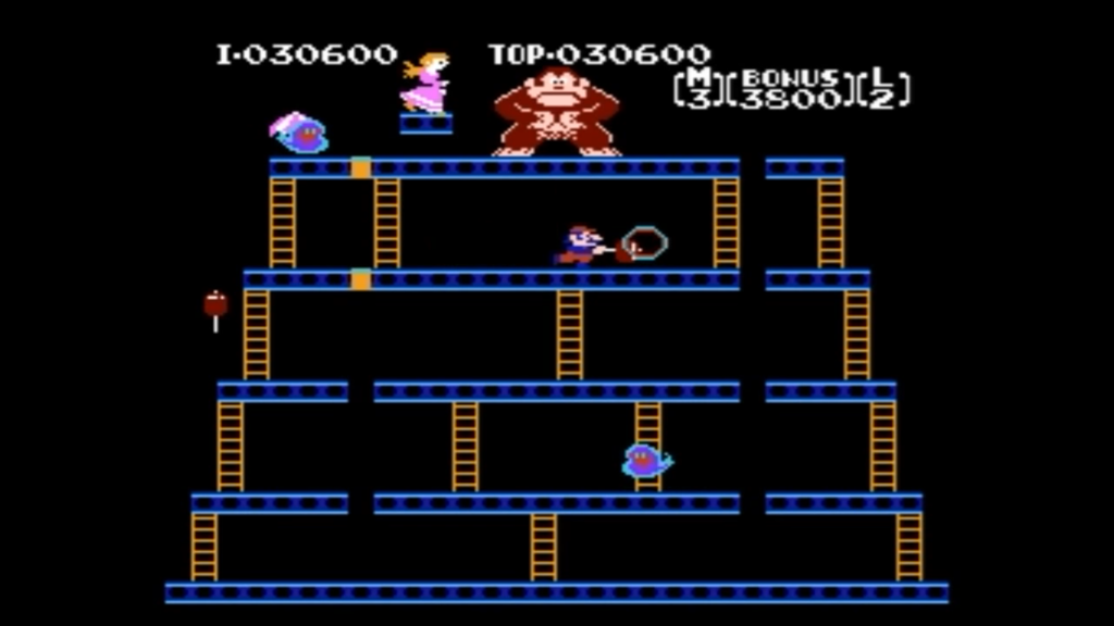Mario col martello riesce a sconfiggere le fiammelle nemiche